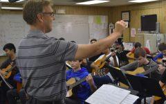 Guitar students prepare for winter concert