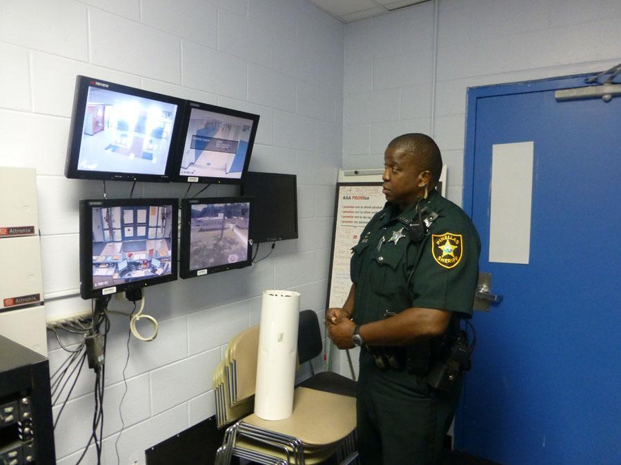 Sheriff selects new shade, says Shorter