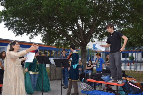 In 2015, before Covid shut down many on-campus activities, teachers and students attended the Shakespeare Festival in spring, where sonnets were read aloud.