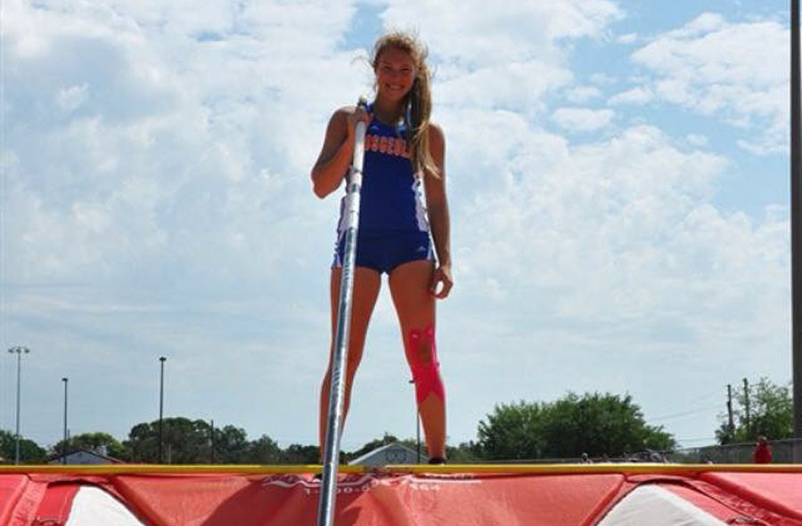 Senior reaches for the sky at state competition