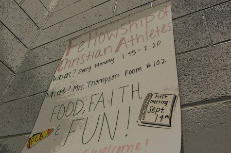 Fellowship of Christian Athletes club prays for new members