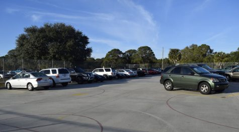 Sophomore parking fills up
