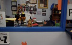 Office decorates for Thanksgiving